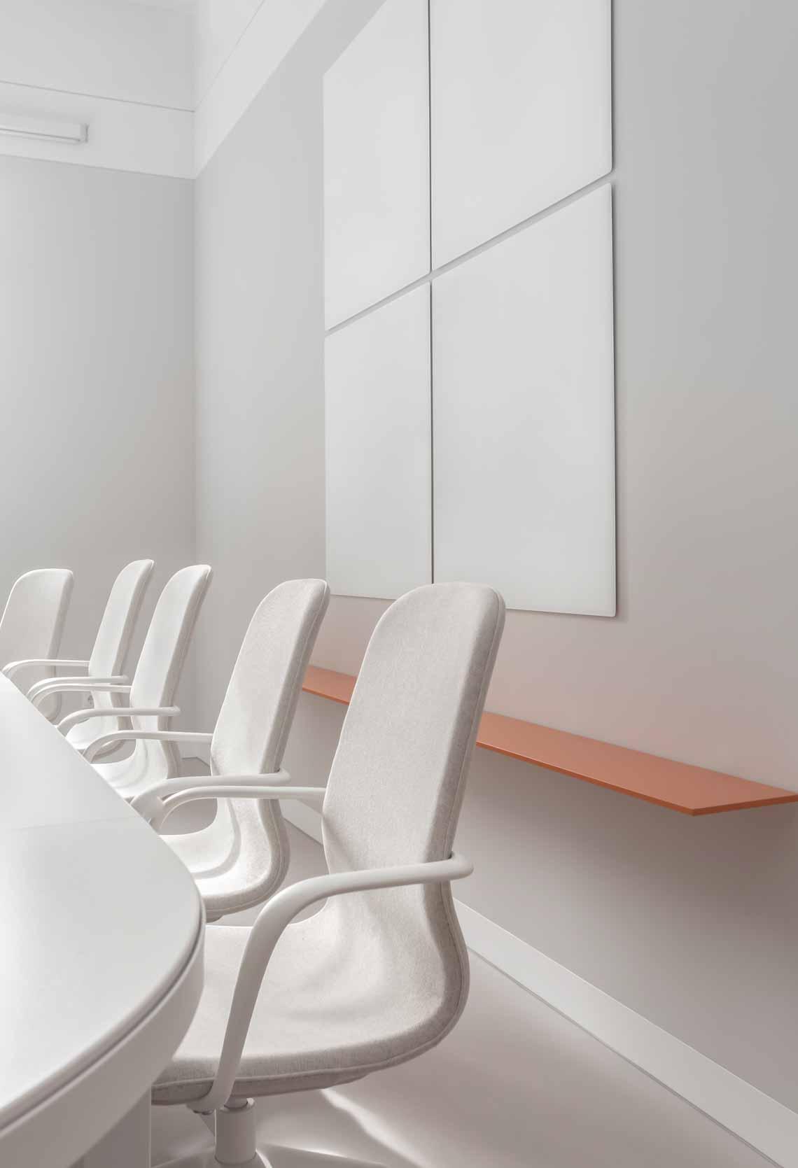Dự án FG OFF – Một văn phòng không gian hình học màu cam -1