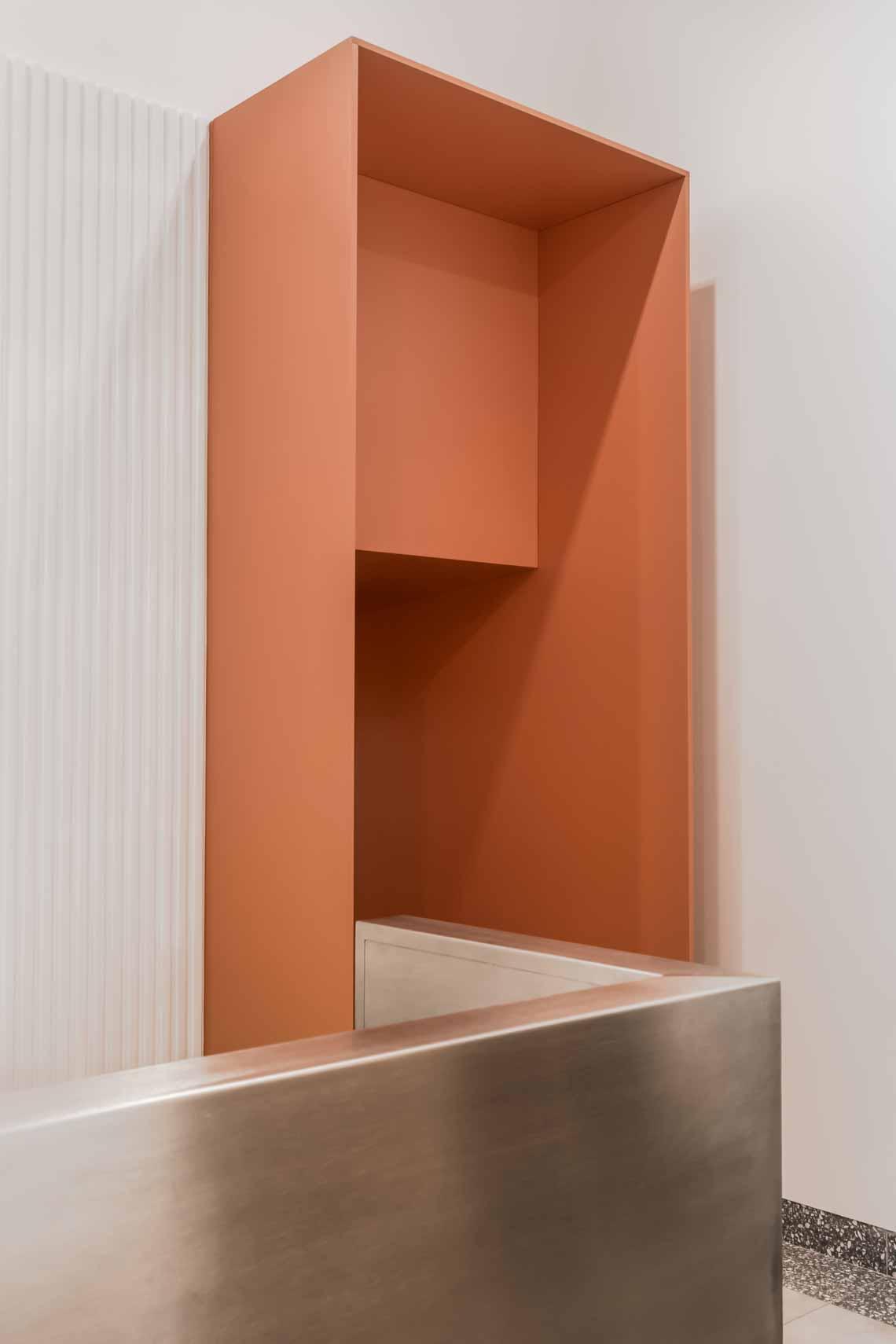 Dự án FG OFF – Một văn phòng không gian hình học màu cam -5