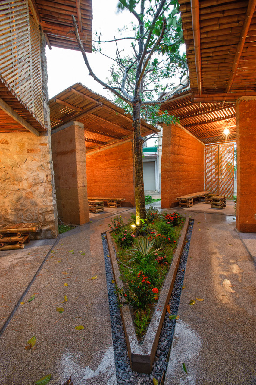 Không gian phục vụ cộng đồng, được làm từ vật liệu địa phương ở Hà Tĩnh-08