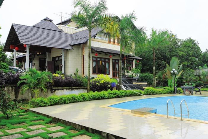 Một số nhà vườn thời hiện đại ưu tiên không gian cho hoạt động thể thao, hồ bơi...