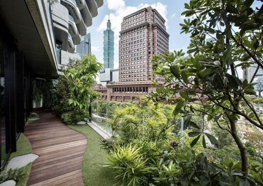 Tòa nhà tháp xoắn chứa hàng chục ngàn cây xanh ở Đài Bắc - 2