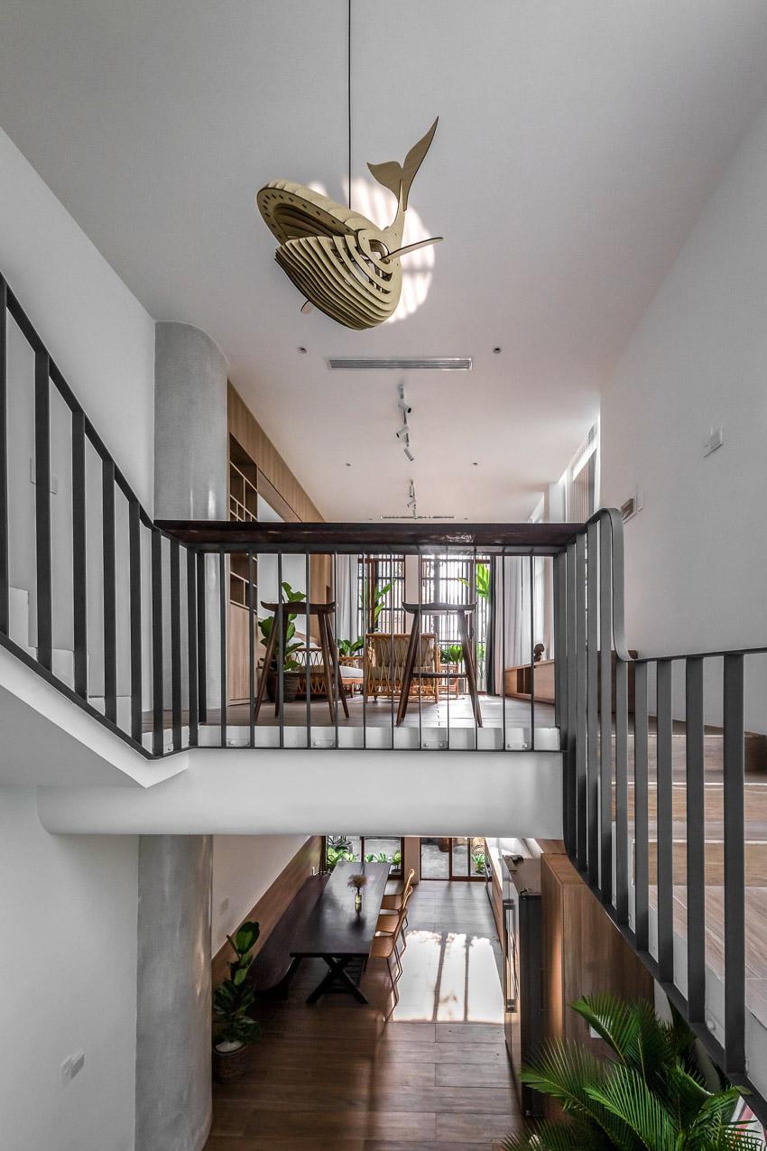 Cửa sổ vượt cỡ tạo nét thiết kế độc đáo cho ngôi nhà ở Sài Gòn-15