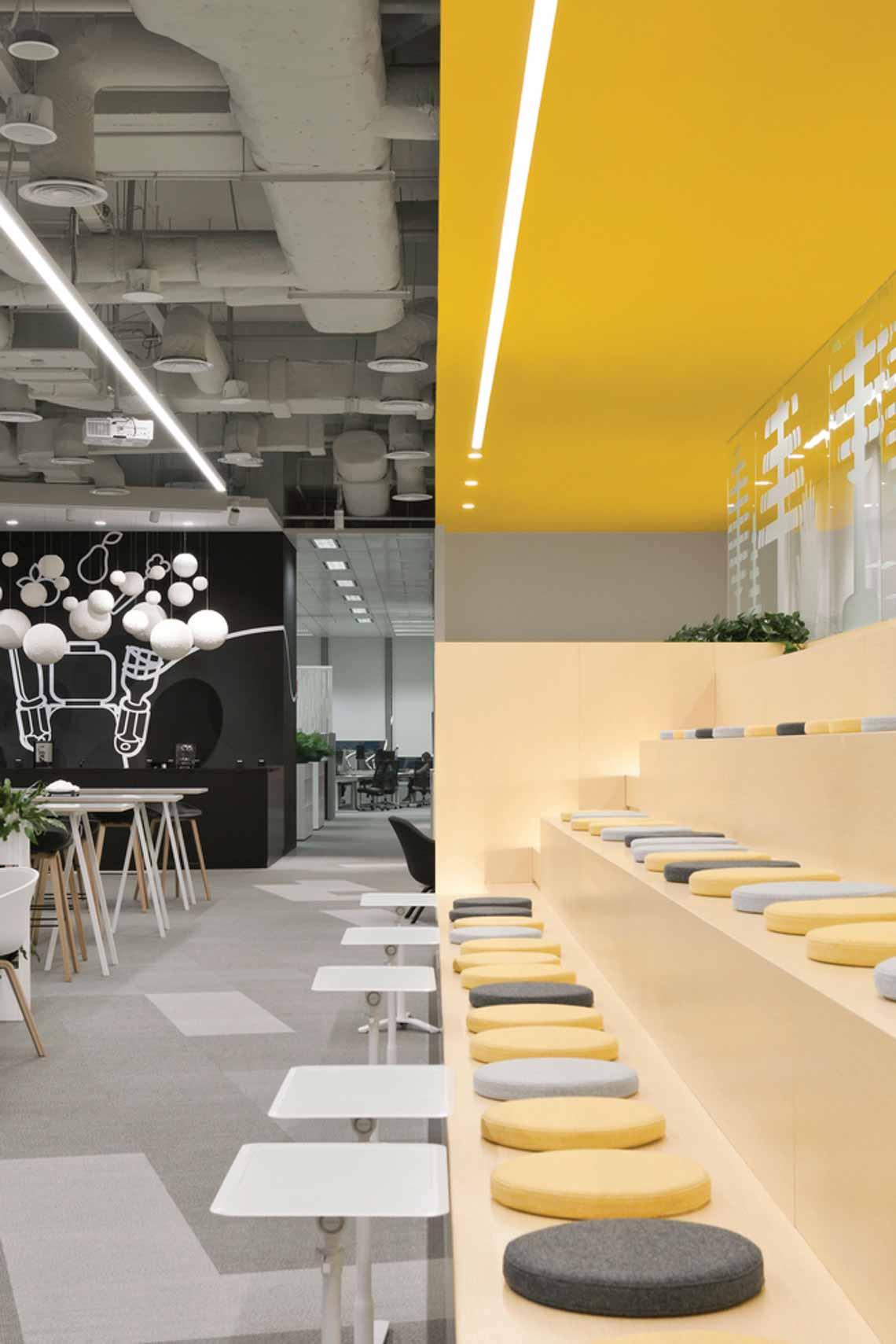 Màu của năm 2021 Pantone: Vàng và xám trong kiến trúc - 14