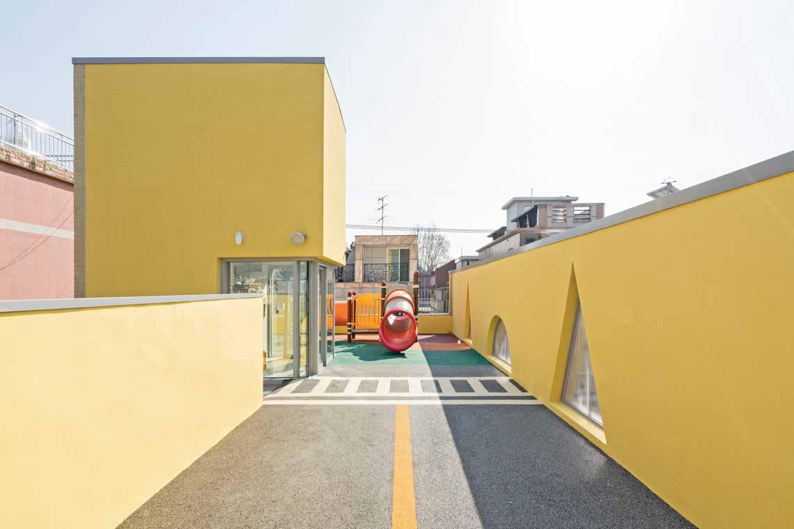Màu của năm 2021 Pantone: Vàng và xám trong kiến trúc - 37
