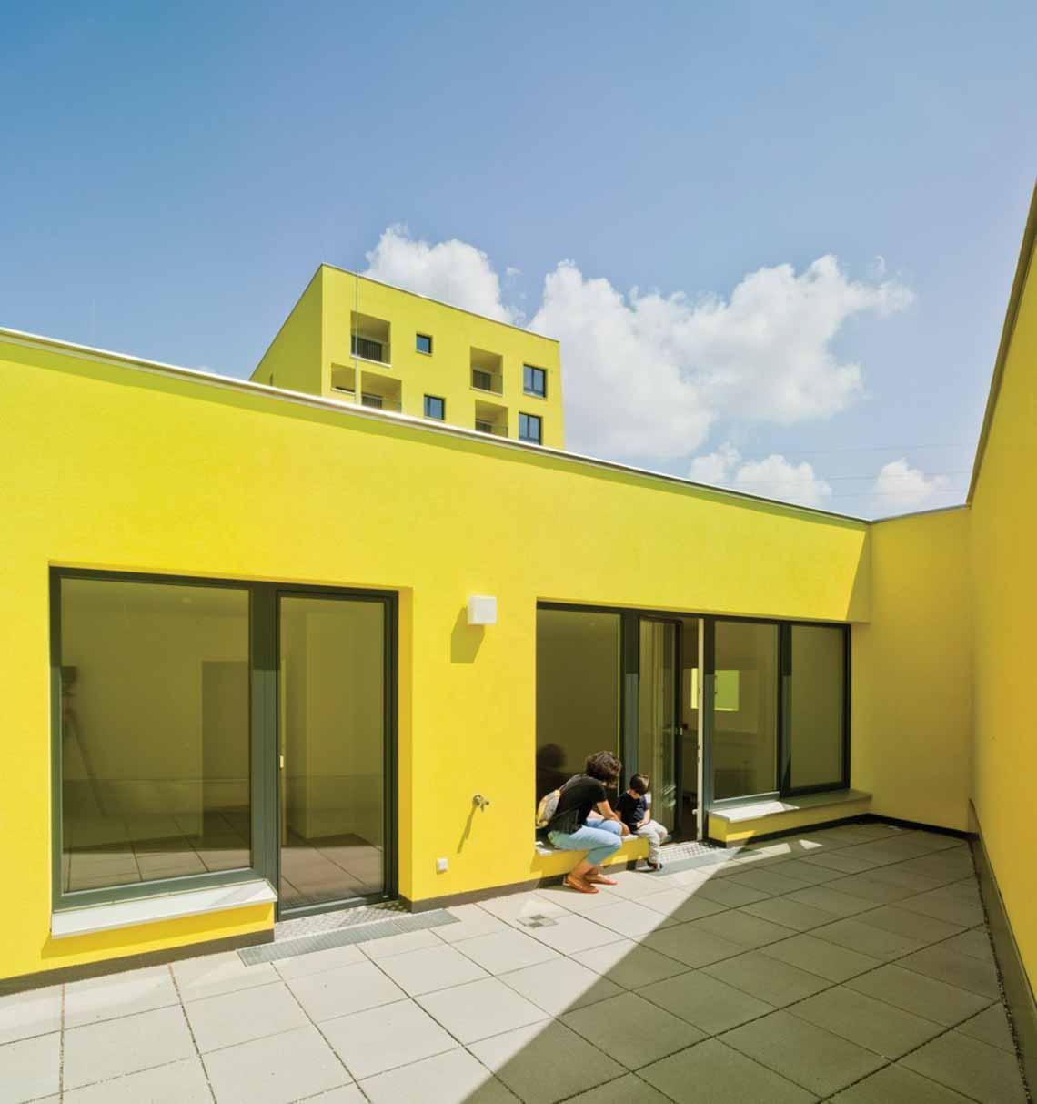 Màu của năm 2021 Pantone: Vàng và xám trong kiến trúc - 46