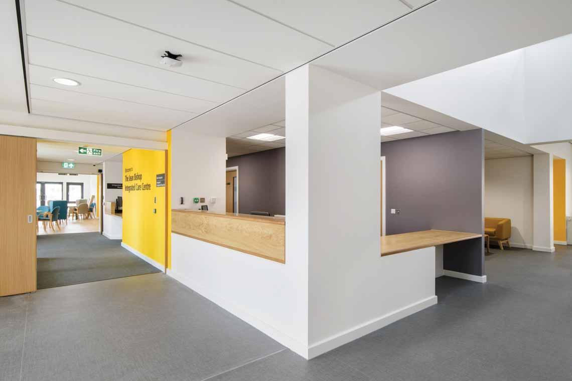 Màu của năm 2021 Pantone: Vàng và xám trong kiến trúc - 51