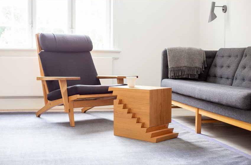 Chiếc bàn có thể điều chỉnh độ cao với thiết kế răng cưa - 3