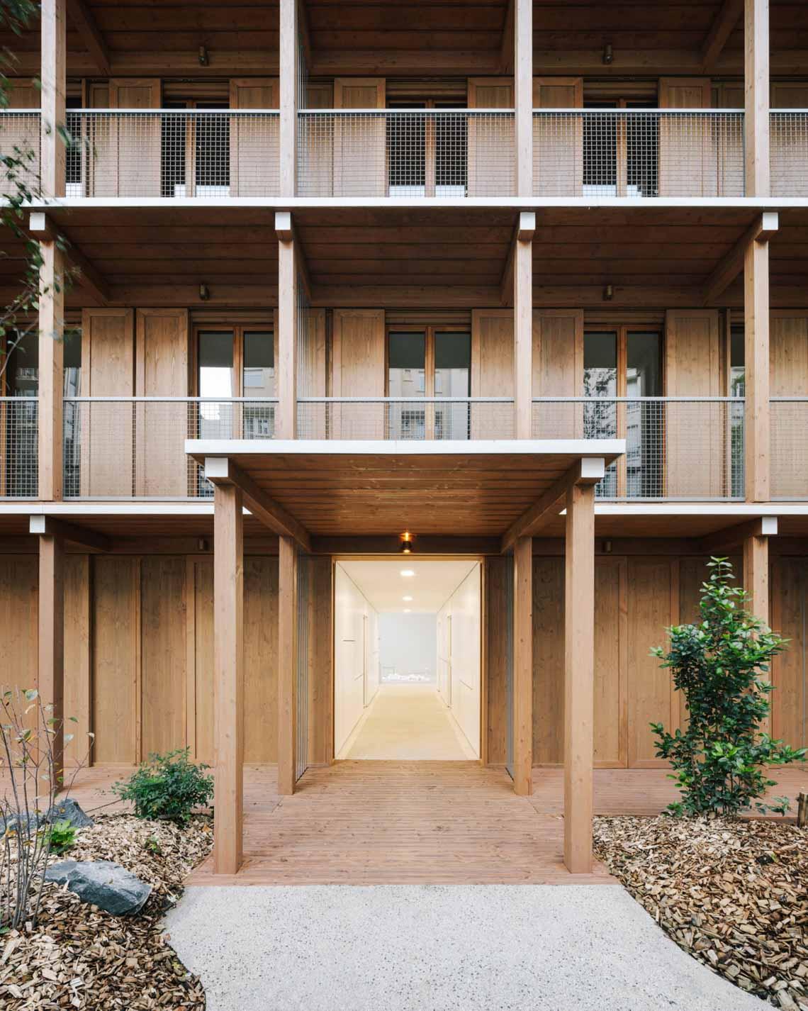 Tòa nhà căn hộ bằng gỗ với thiết kế mang phong cách Nhật Bản - 2