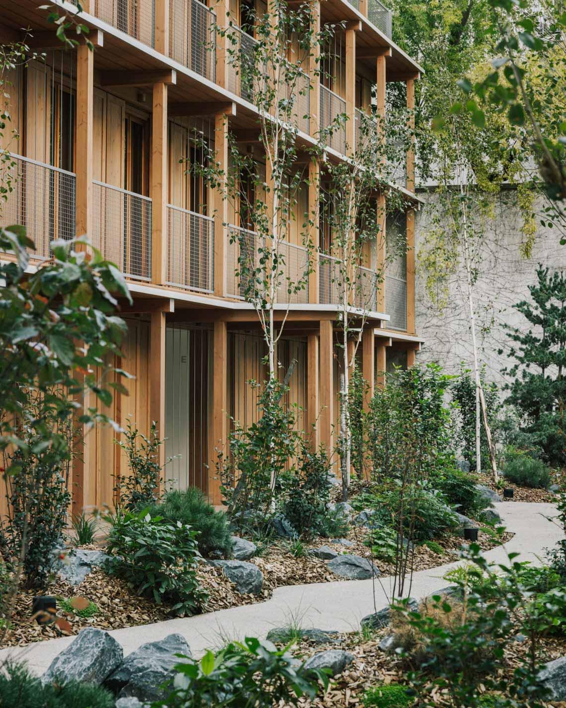 Tòa nhà căn hộ bằng gỗ với thiết kế mang phong cách Nhật Bản - 3