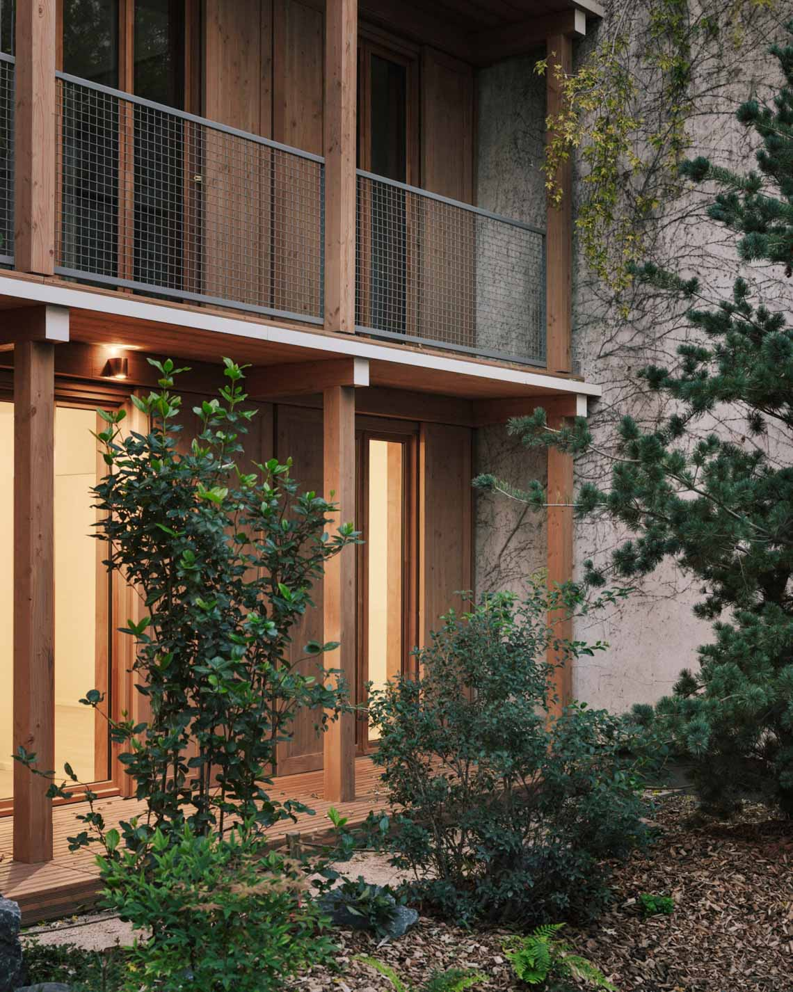 Tòa nhà căn hộ bằng gỗ với thiết kế mang phong cách Nhật Bản - 9