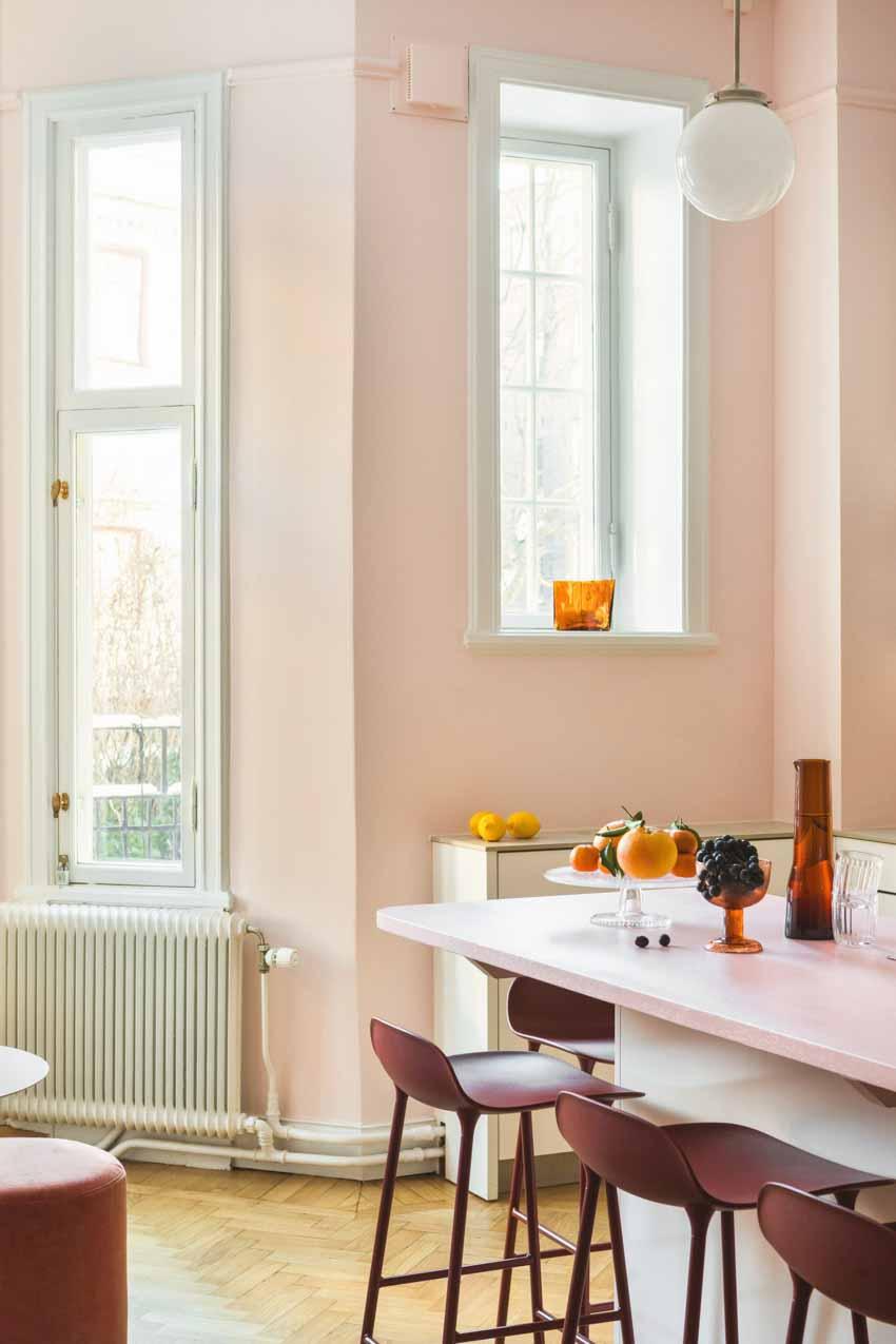 Màu pastel tạo nét độc đáo cho hair salon của thương hiệu Thụy Điển - 13