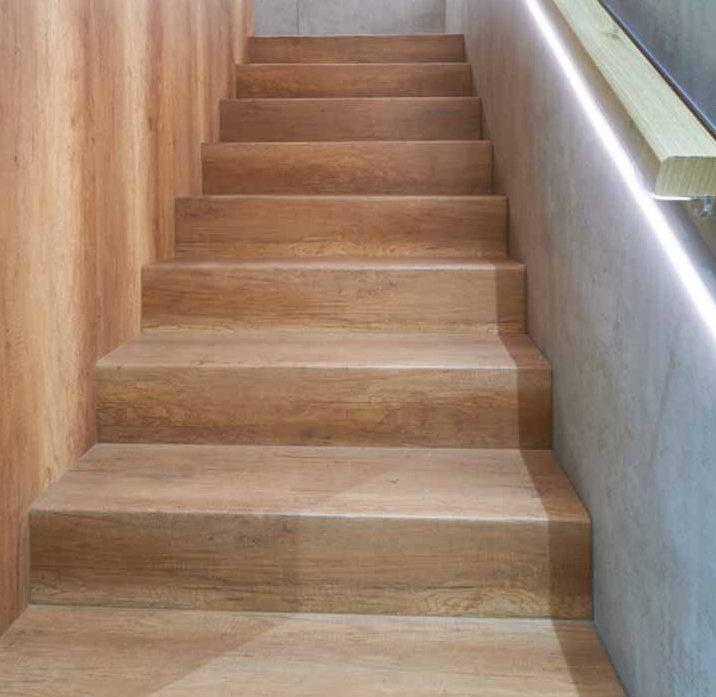 Giải pháp cầu thang gỗ uốn cong - 4