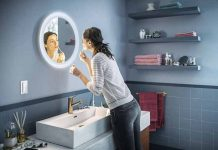 Gương kiêm đèn chiếu sáng Philips Adore Bathroom
