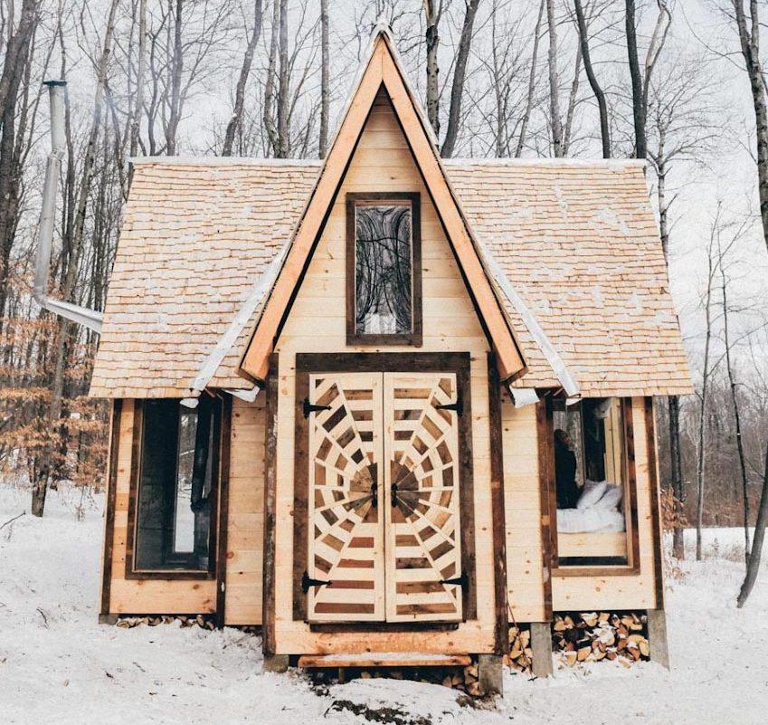 Căn nhà cabin bằng gỗ The Crosspire giữa vùng núi Catskills