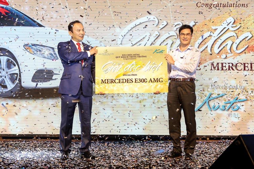 Kusto Home trao giải Mercedes-Benz trị giá 2,8 tỉ đồng cho khách hàng may mắn