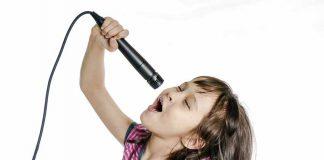 Kỹ năng ca hát ở trẻ: Đừng nói với trẻ rằng chúng không thể hát
