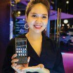Smartphone hạng sang - Muốn xài cũng khổ! | Noithatmagazine.vn