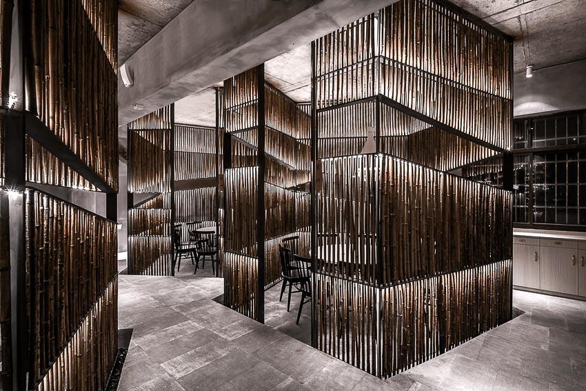 Nhà hàng cao cấp sử dụng tre cho toàn bộ nội thất