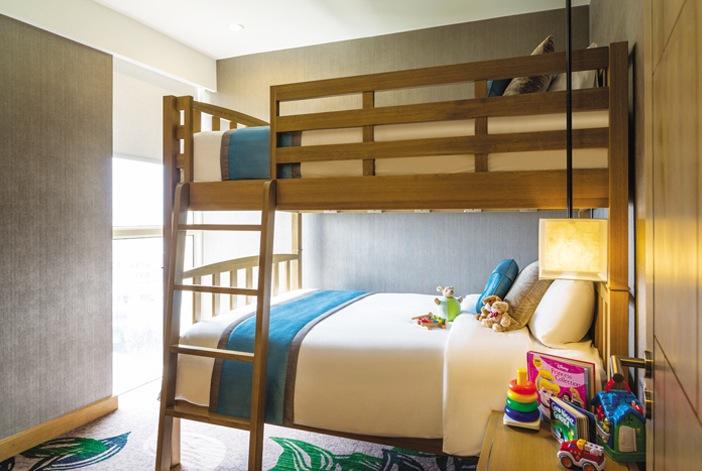 Giường trẻ em trong phòng suite gia đình