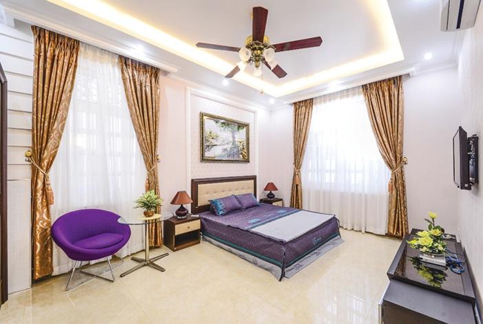 Chỗ ngủ người cao tuổi cần đủ thoáng và đủ kín gió, lưu ý điều tiết ánh sáng nhẹ nhàng và ấm áp