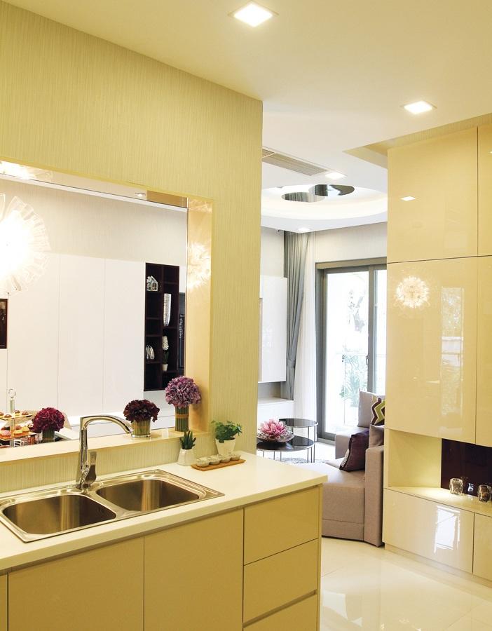 Trang trí giản dị, sáng sủa và có điểm nhấn đúng chỗ là cách hữu hiệu khi bài trí nhà nhỏ