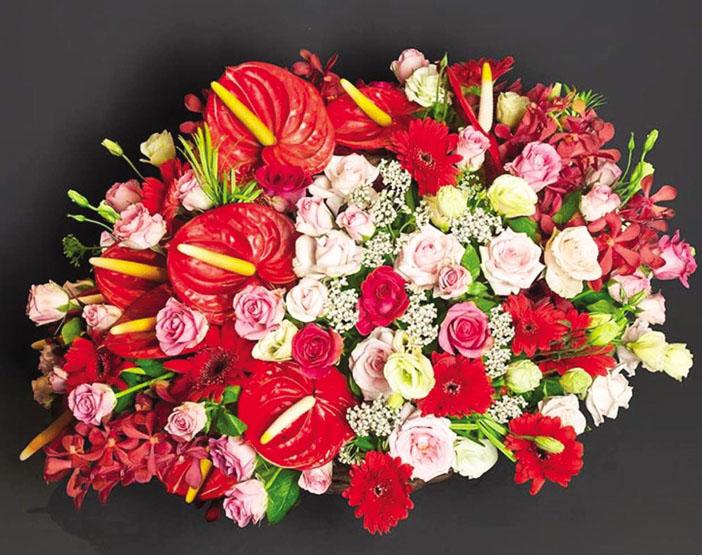 hoa ngay tet mau do