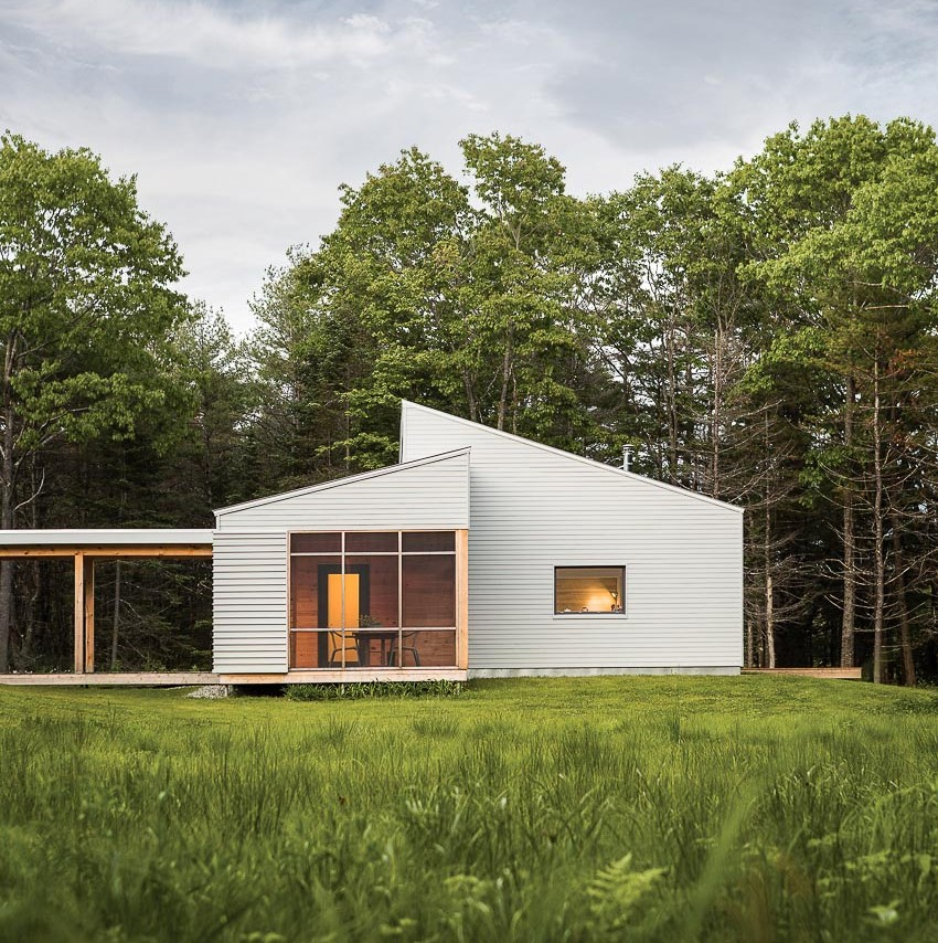 Nhà gỗ giữa rừng thông