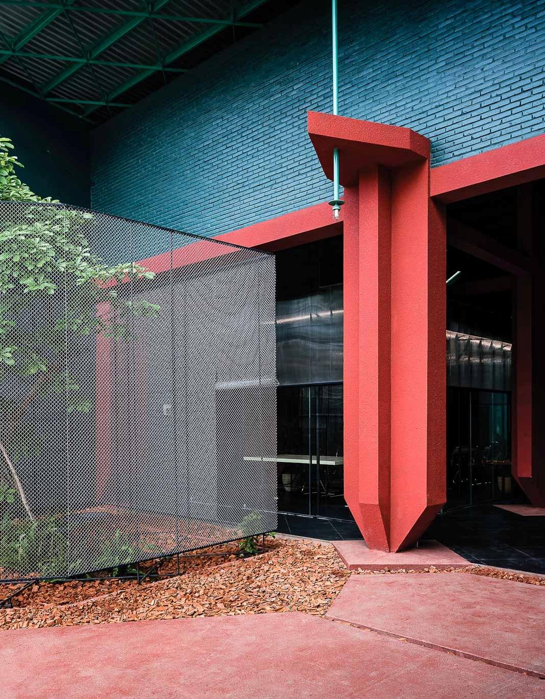 Khối nằm trong khối - dự án cải tạo văn phòng Công ty Asifac