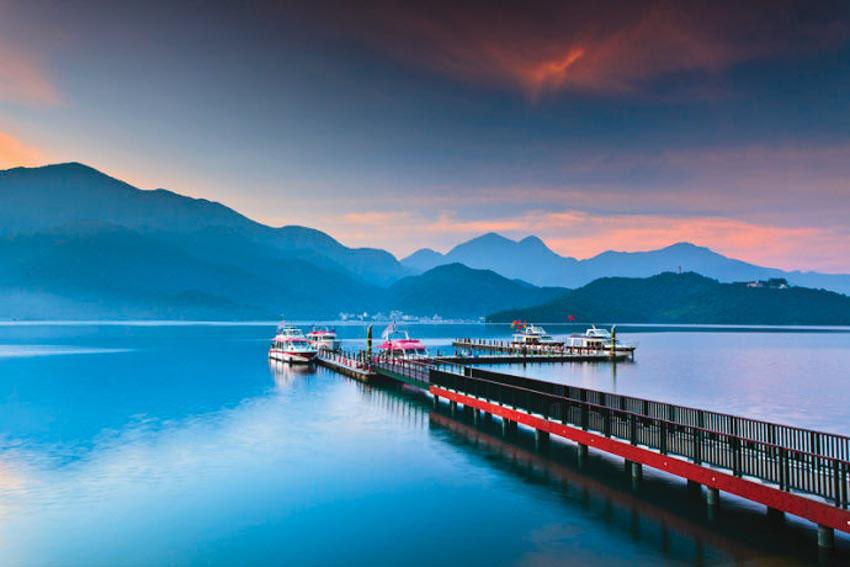 Kết quả hình ảnh cho Hồ Nhật Nguyệt(Sun Moon Lake) Đài Loan