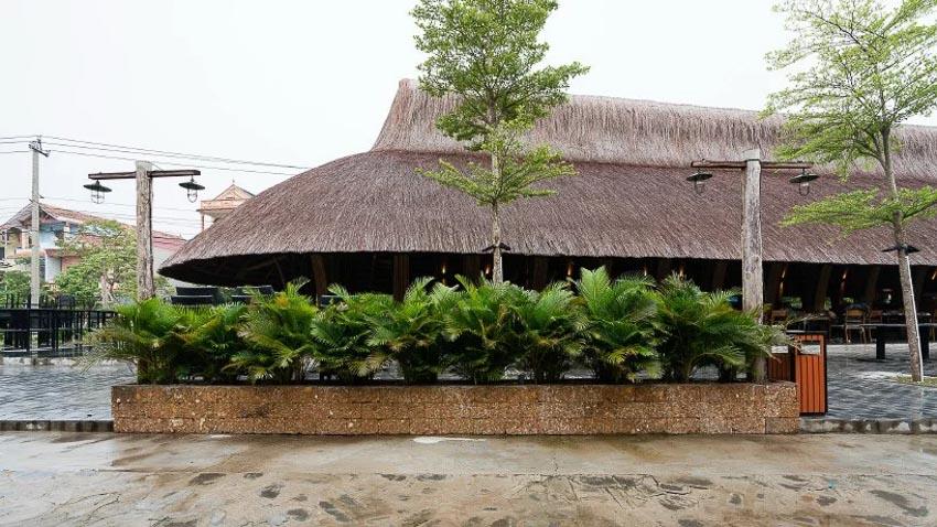 Nhà hàng tre tại Quảng Bình 12