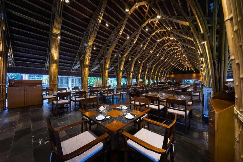 Nhà hàng tre tại Quảng Bình 3