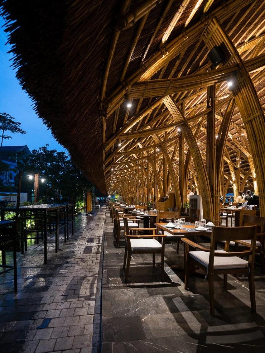 Nhà hàng tre tại Quảng Bình 4