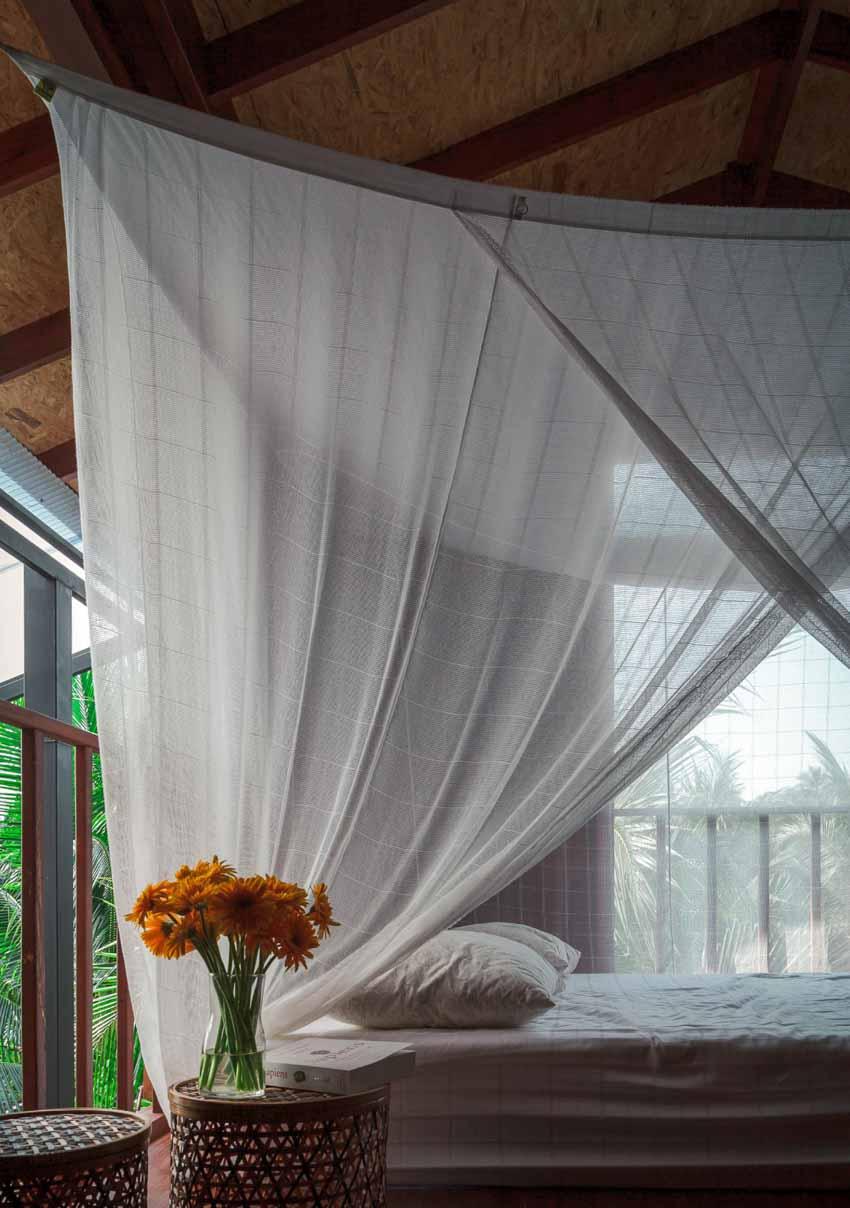 Ngôi nhà sàn gỗ ấm áp nằm giữa vườn dừa xanh mát - 8