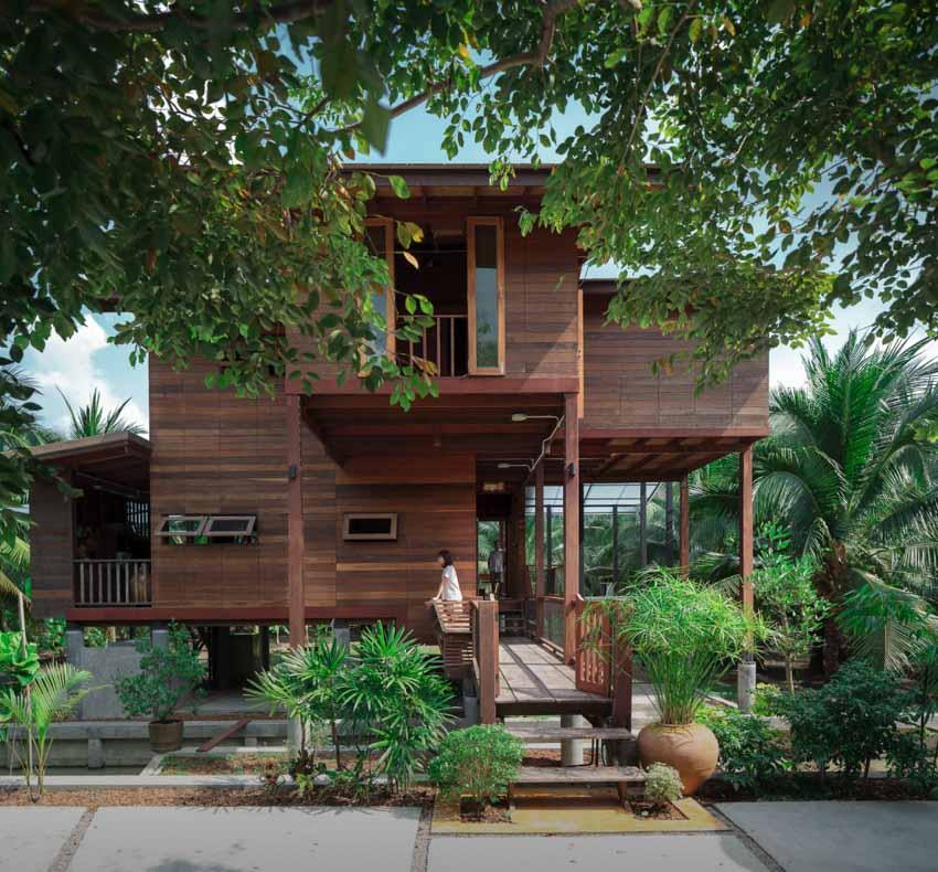Ngôi nhà sàn gỗ ấm áp nằm giữa vườn dừa xanh mát - 11
