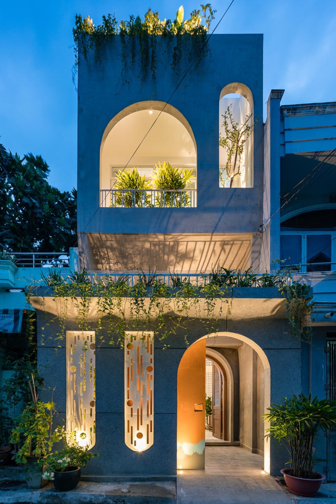 V House – ngôi nhà tràn ngập ánh sáng với những mảng xanh -6