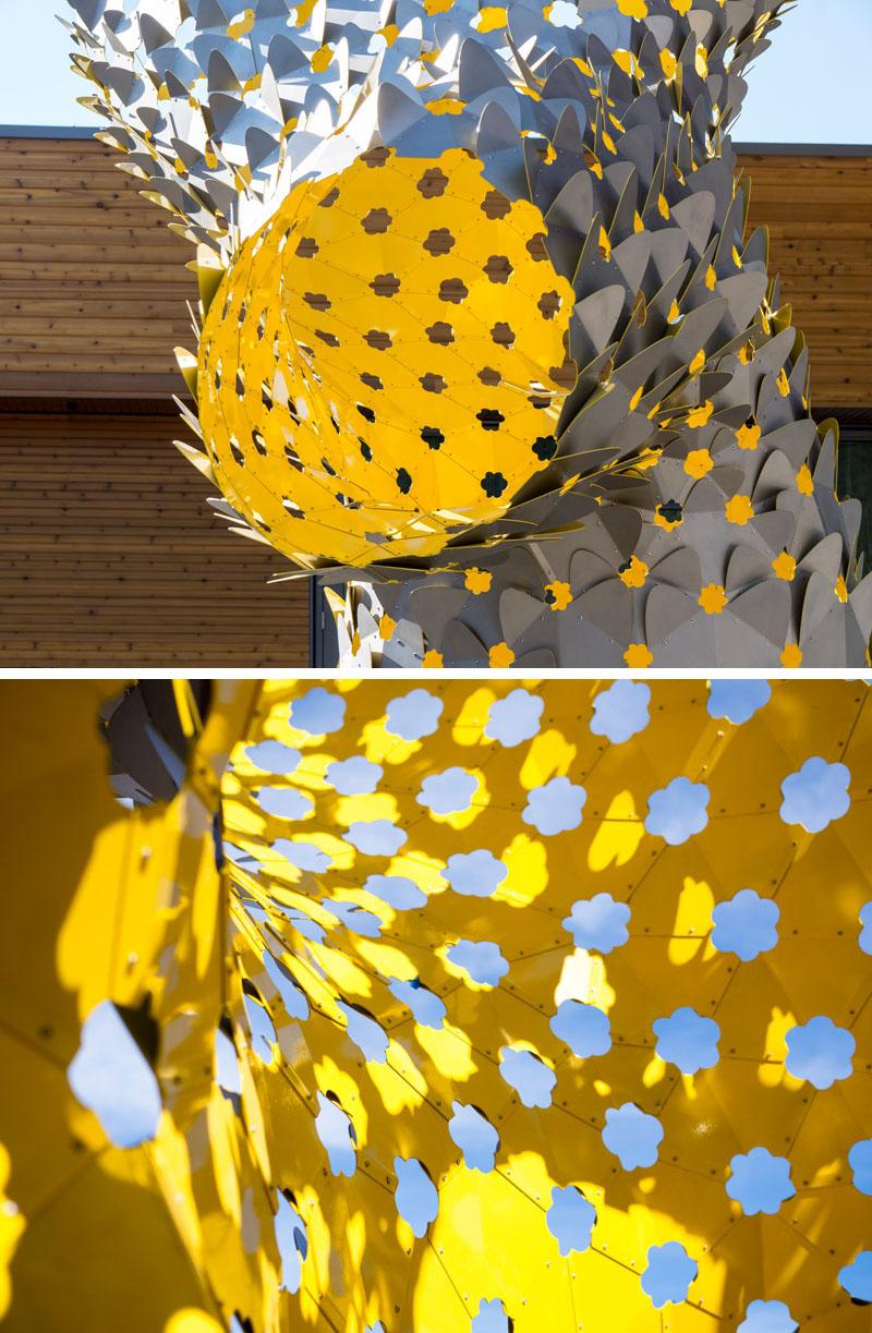 Ambigupt - tác phẩm nghệ thuật được tạo nên từ hàng trăm miếng nhôm hình cánh cung-6