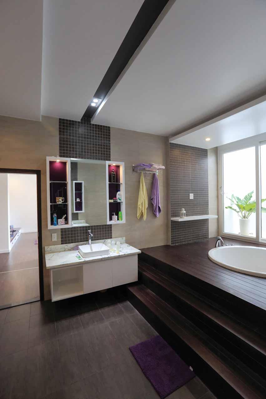 Phòng tắm hiện đại không ngại khoe -12