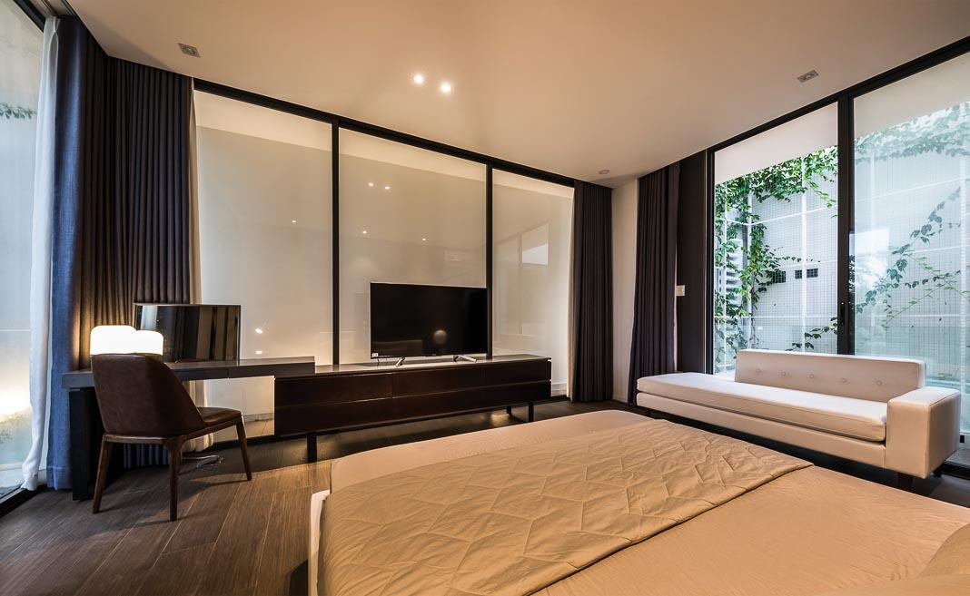 Các phòng ngủ đều tiếp cận với thiên nhiên, có thiết kế theo tinh thần tối giản nhưng vẫn đầy đủ tiện nghi, đậm tính thư giãn 4