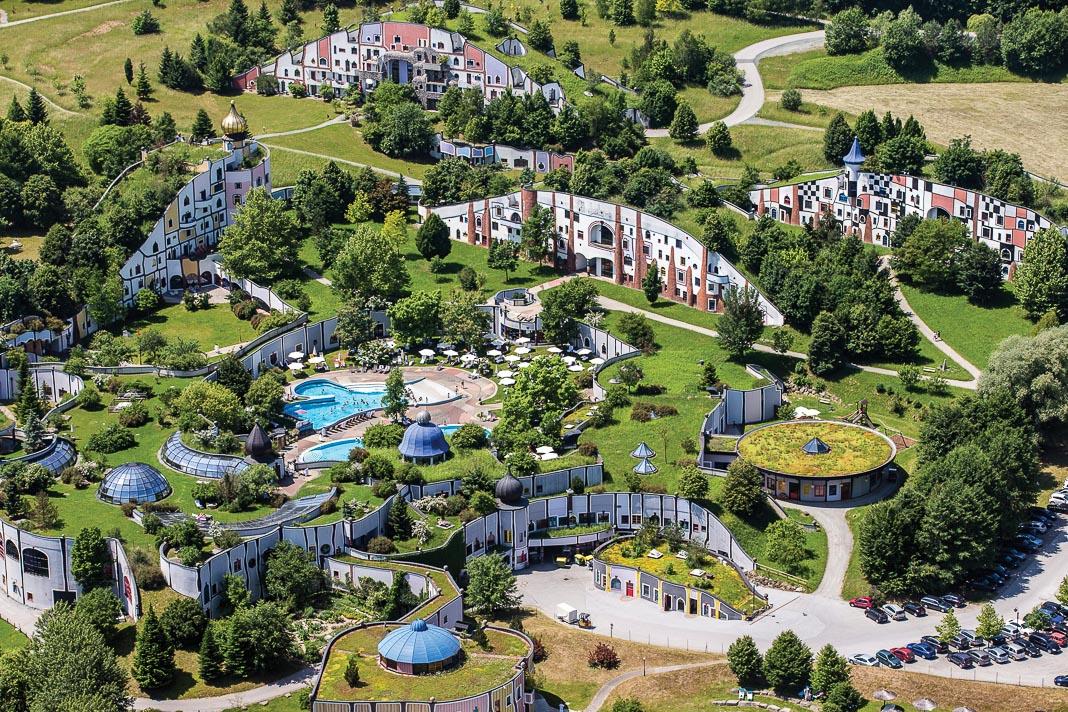 Một góc nhìn toàn cảnh khu nghỉ dưỡng Rogner Bad Blumau