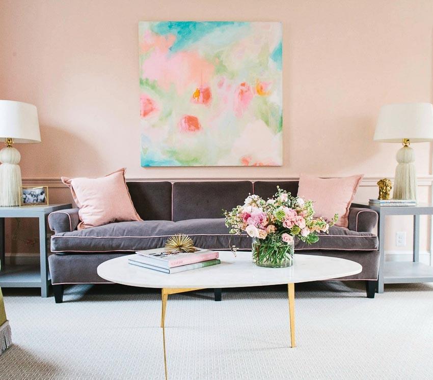 Hoa trong phòng khách 1