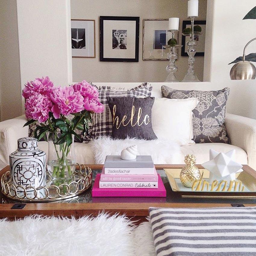Hoa trong phòng khách 10