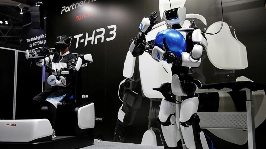 toyota-robot_tin071217-3