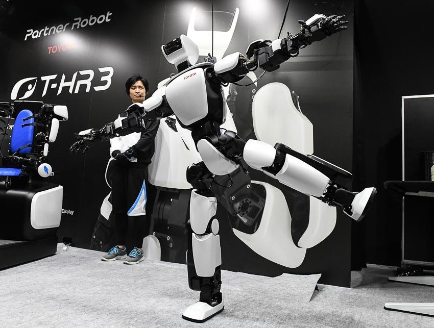 toyota-robot_tin071217-4